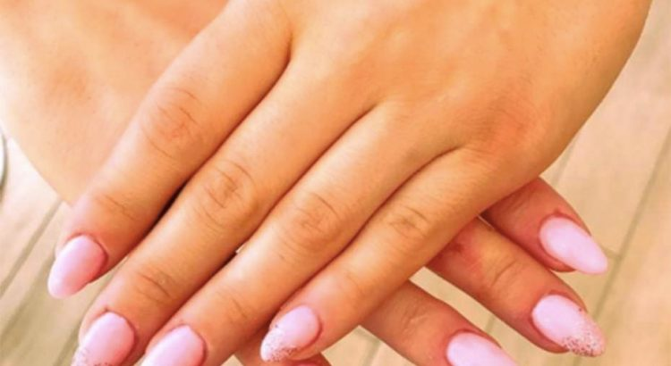 pose ongles en gel